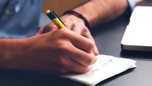 Fique por dentro da lei da aprendizagem: um compromisso social